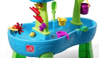 4-plastic-play-equipment